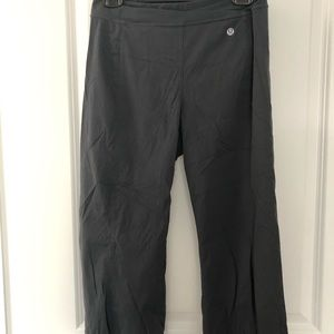Lululemon grey swift studio crops- size 6